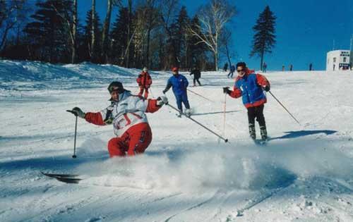 亚布力滑雪场-组图 东方威尼斯 哈尔滨传圣火 城市风光